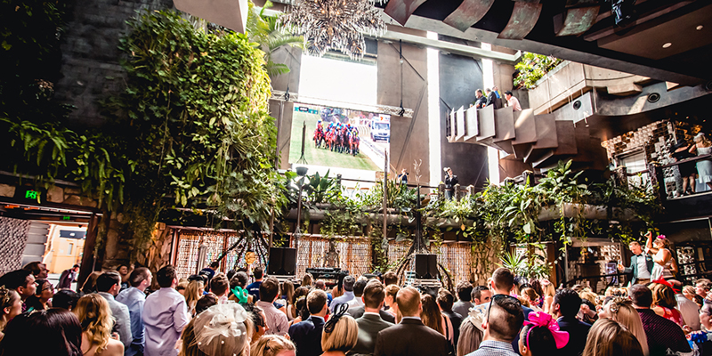 cloudland-melbourne-cup-giant-screen